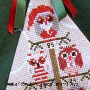 Owls in the Christmas tree DIY cross-stitch advent calendar sewing pattern