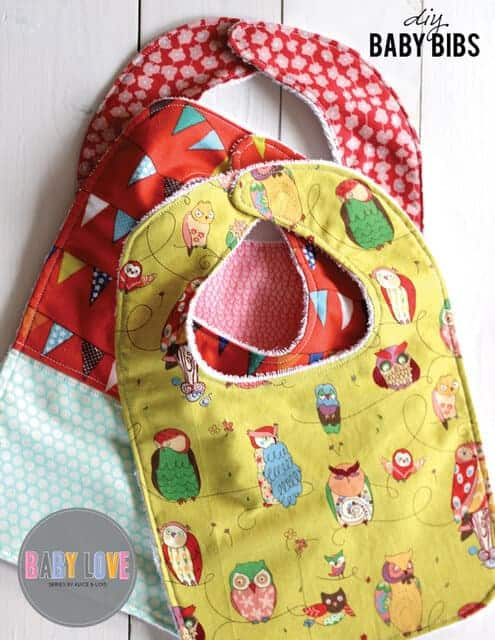 simple DIY baby bib sewing tutorial.