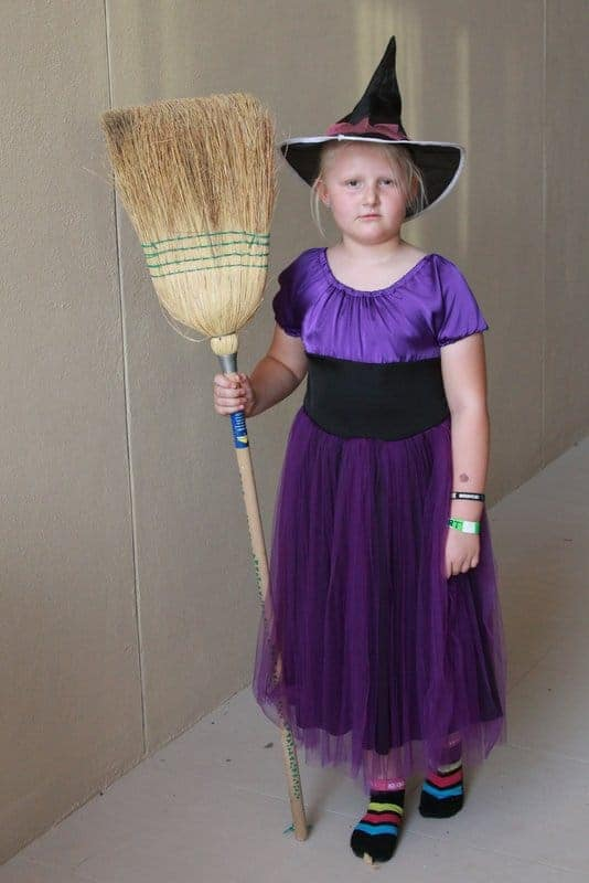Turn a simple dress sewing pattern into a witch costume for girls