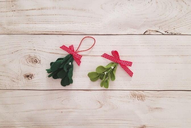 Felt mistletoe ornament and hairclip